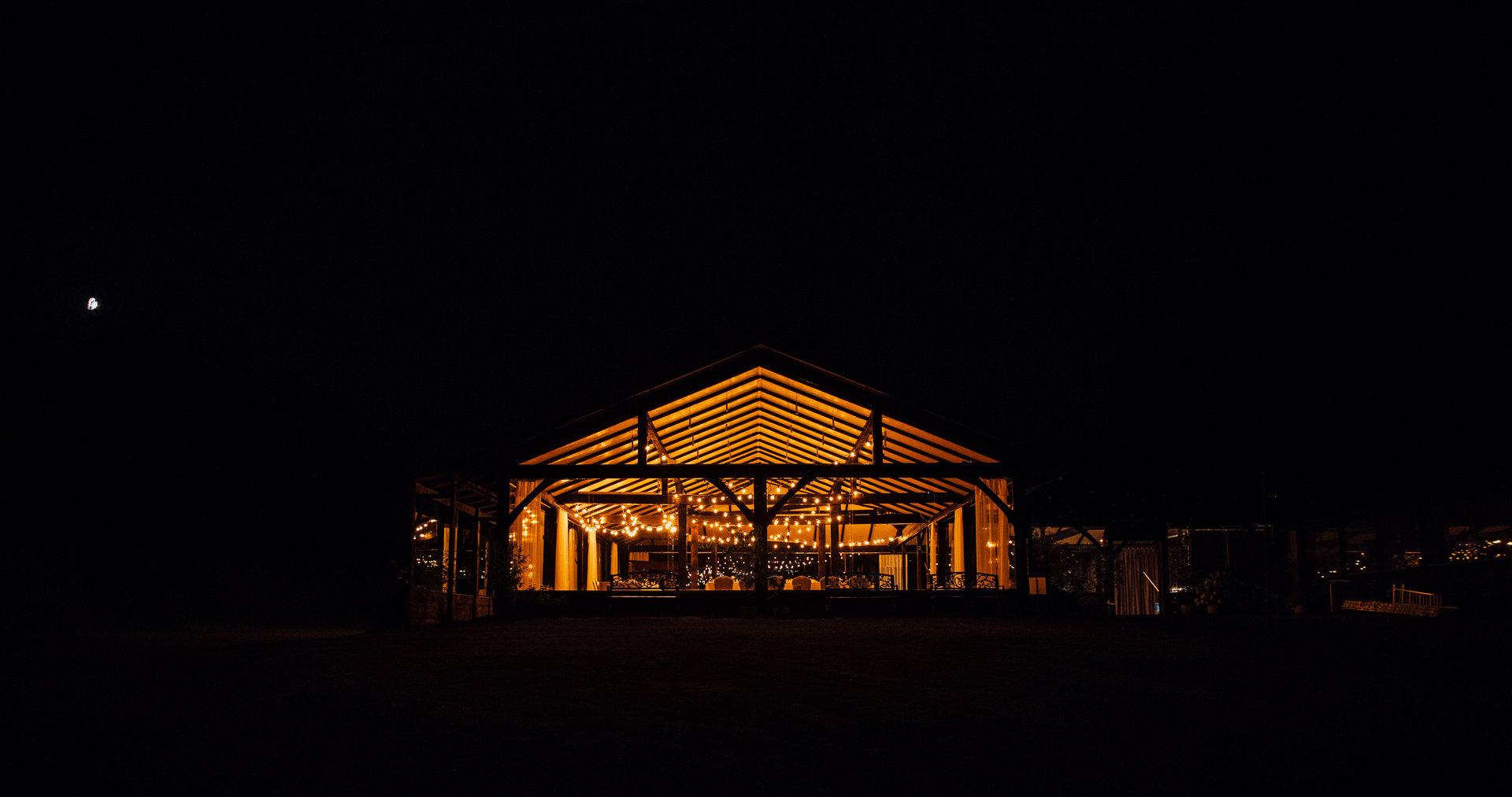 szklana stodoła girlandowo wesele