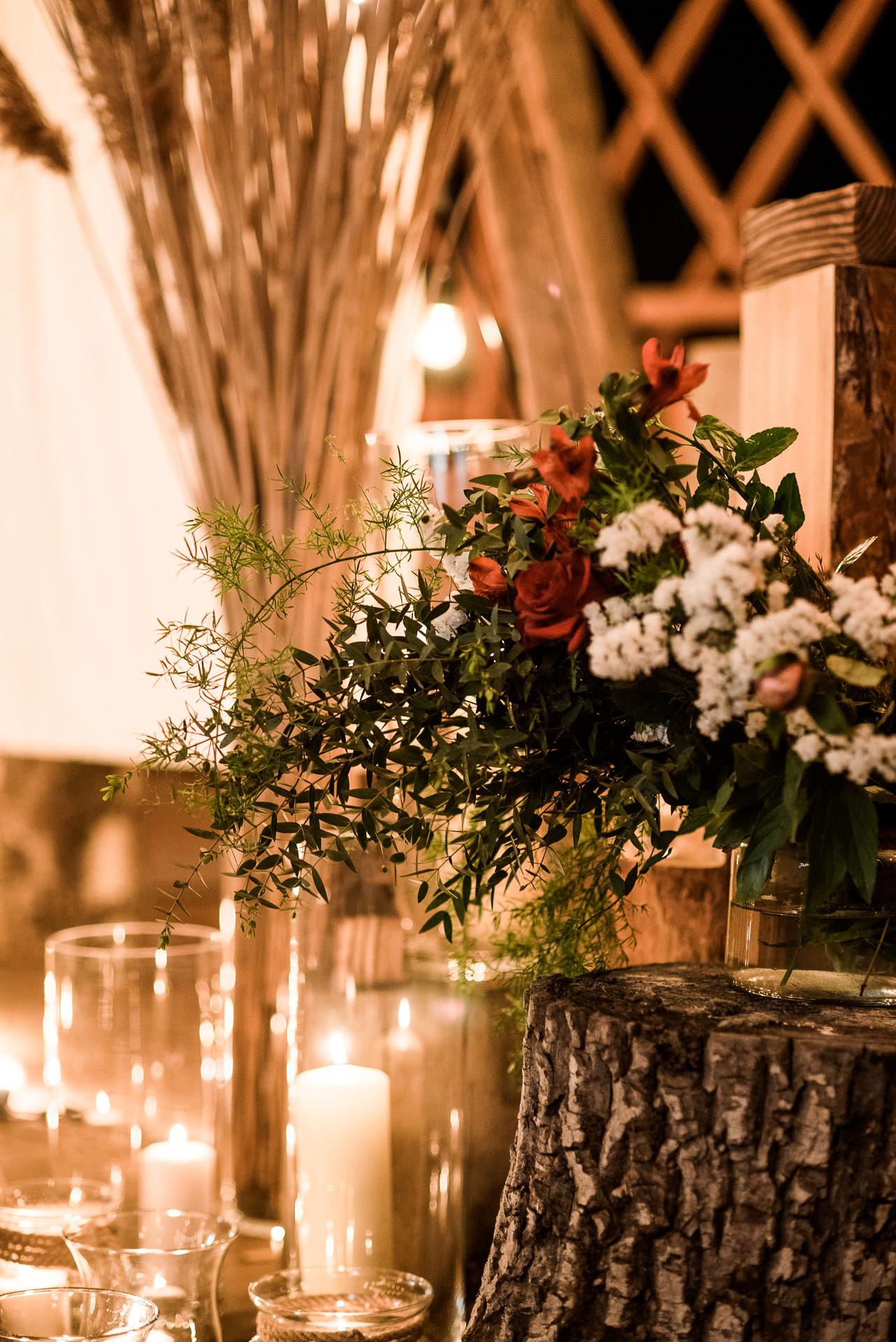 dekoracje boho, ślub w plenerze