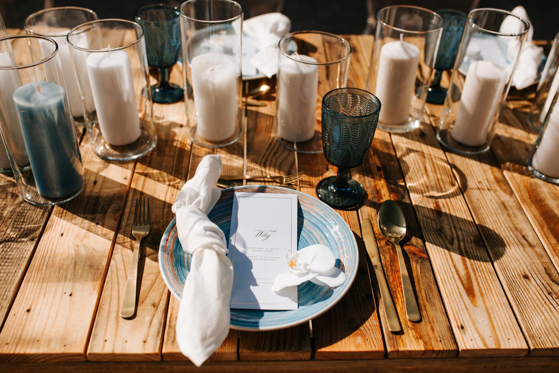 papeteria ślubna, wesele w plenerze
