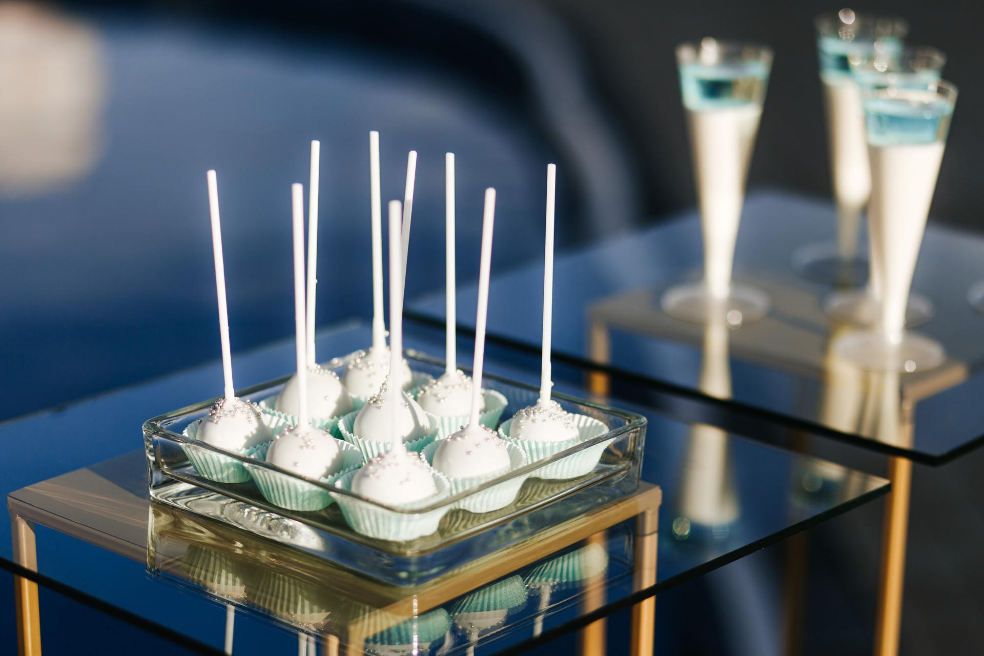 słodki stół glamour - cakepop's