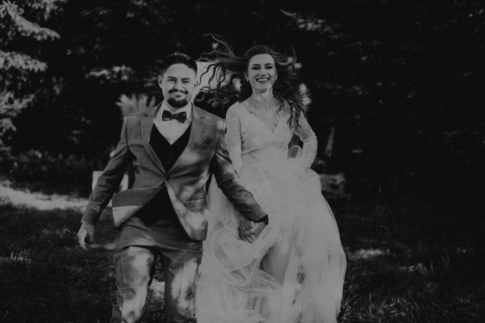 ślub hippie w plenerze
