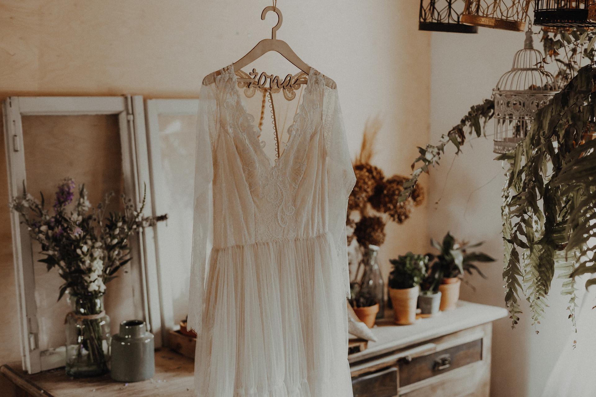 suknia ślubna hippie