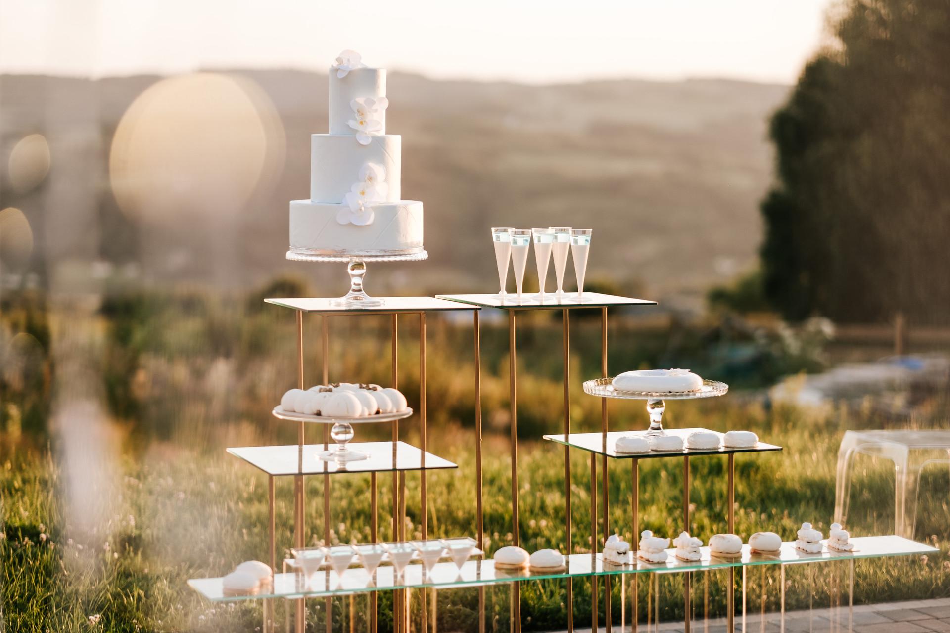 wesele w plenerze, słodki stół