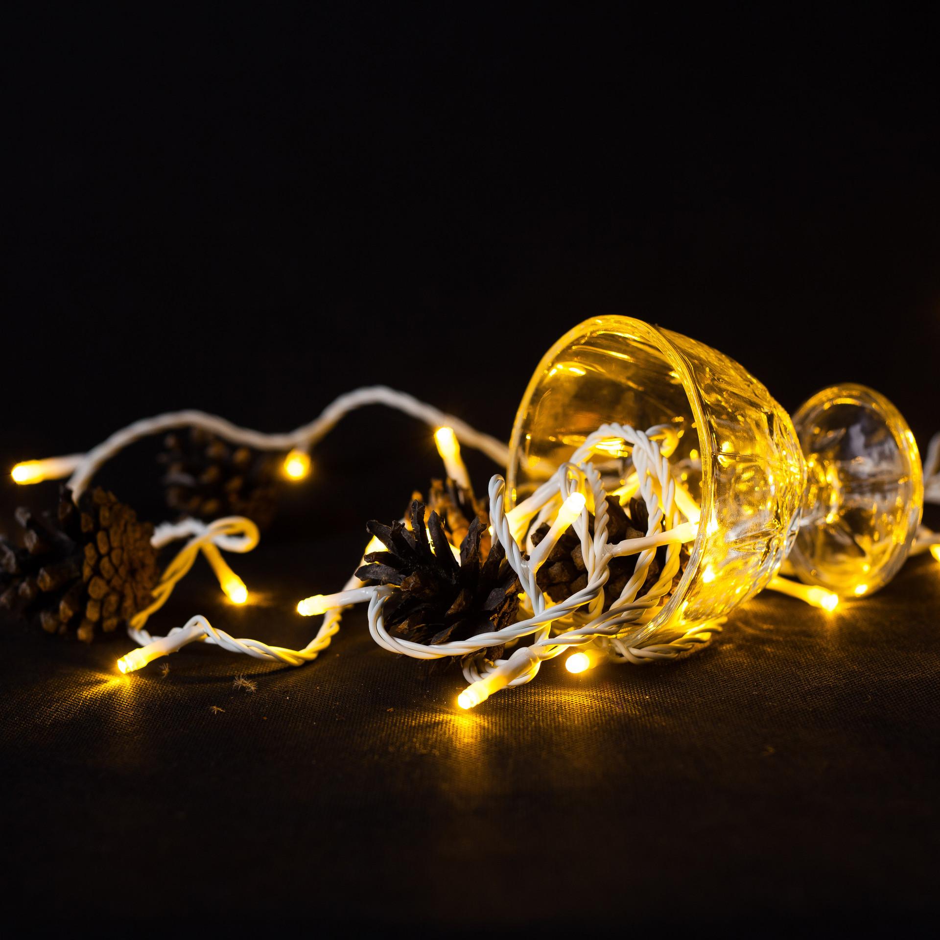 lampki choinkowe led, girlandowo, biały kabel