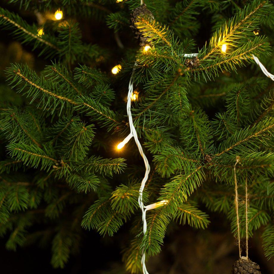 lampki świąteczne led, biały kabel