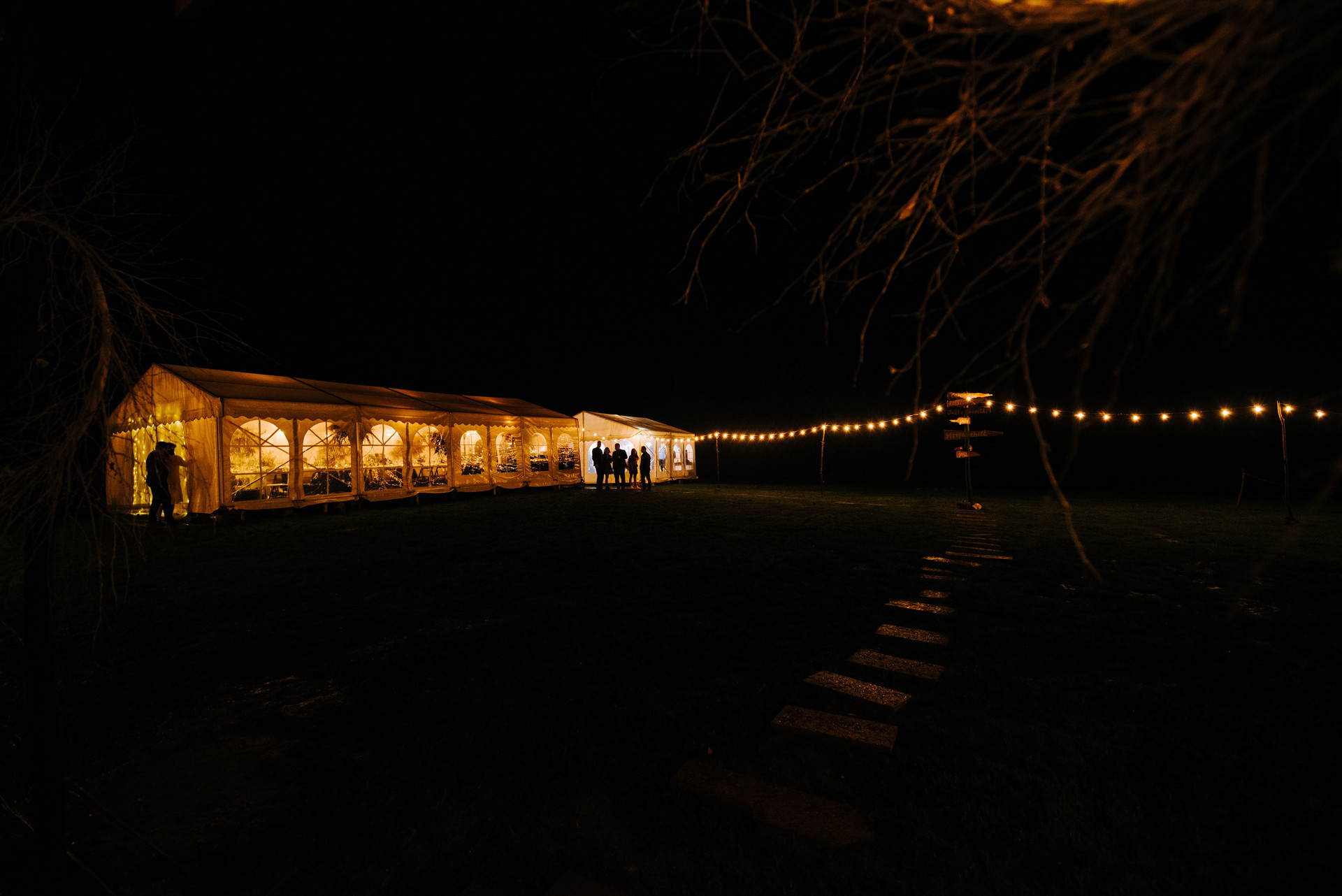 oświetlenie imprezy plenerowej, girlandowo
