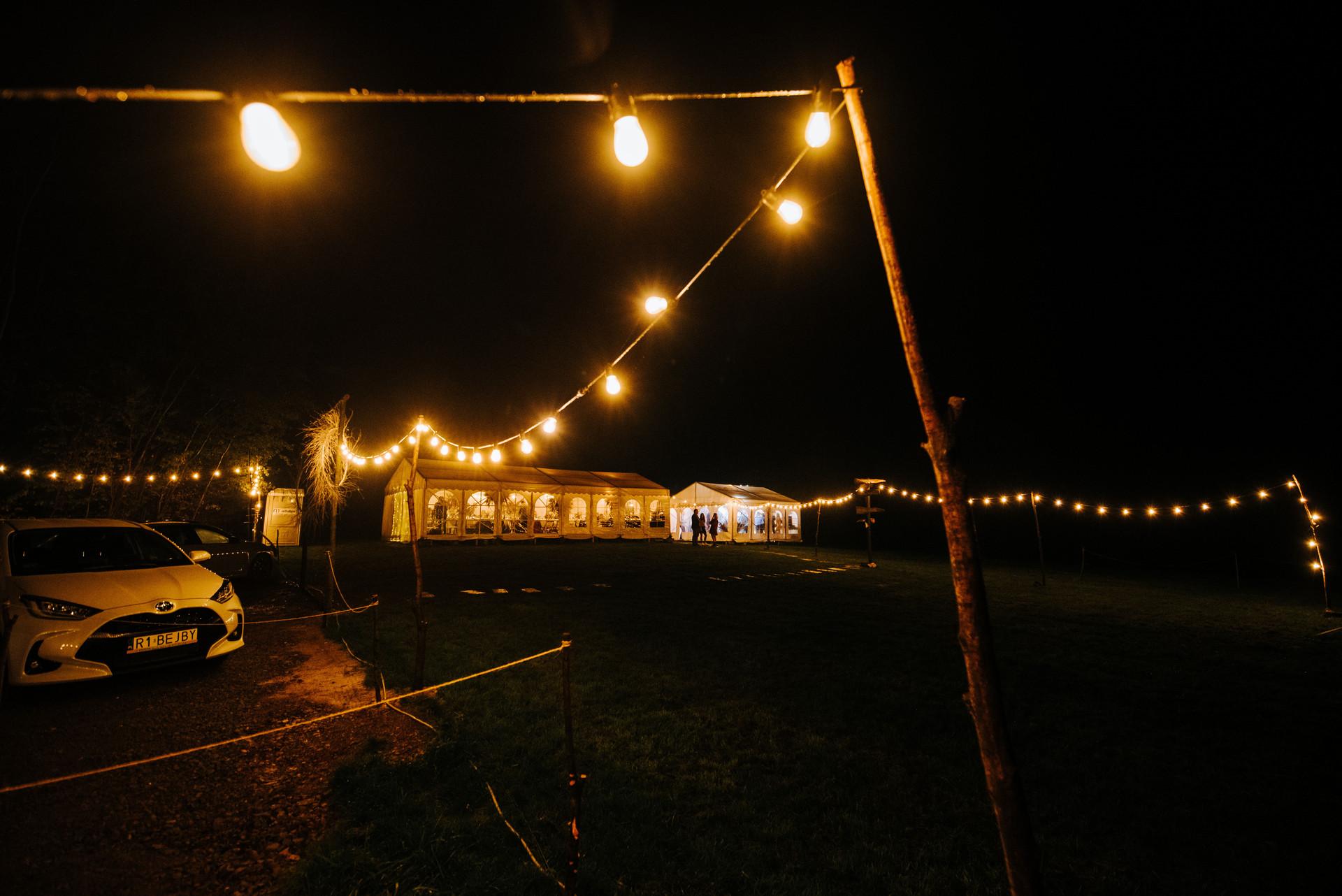 wesele w namiocie, wynajem girland
