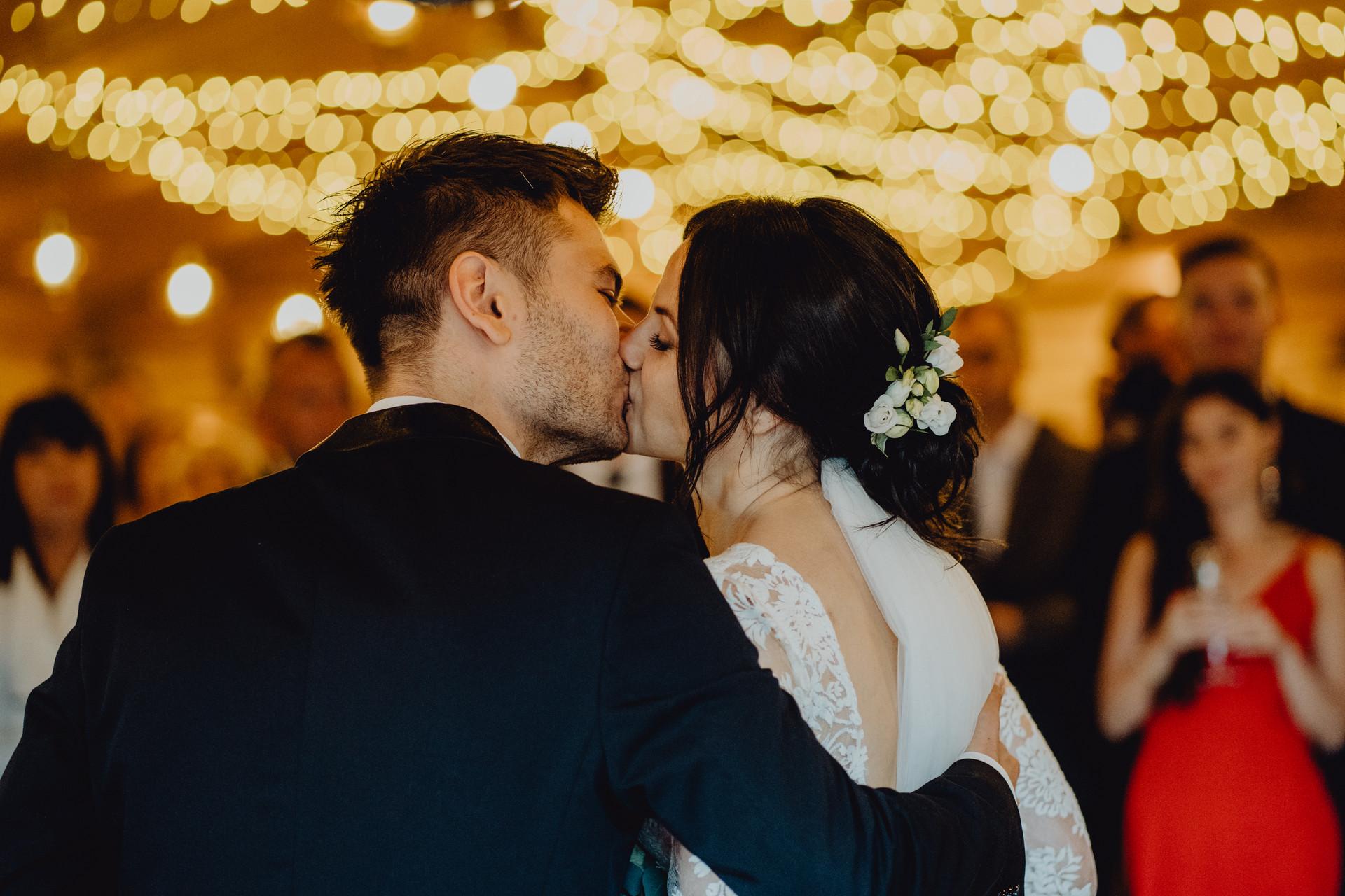 wynajem światełek na wesele