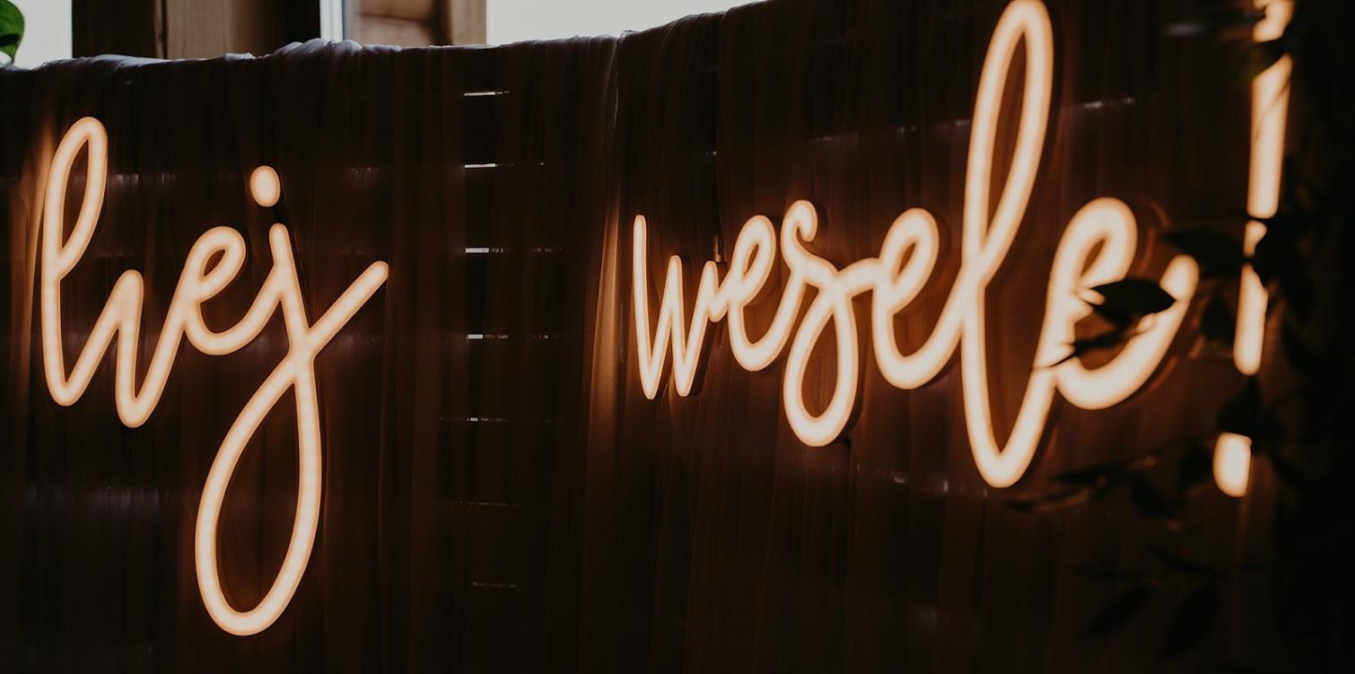 napis-led-na-wesele
